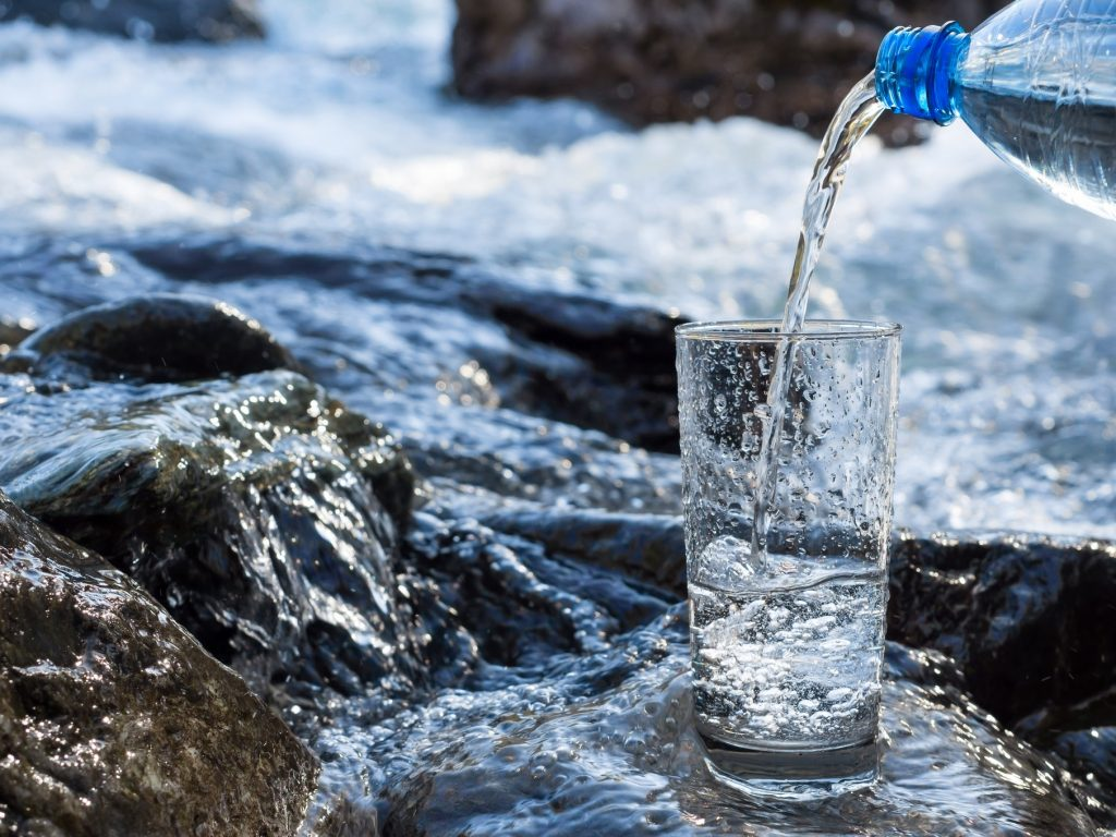 Bottled Water in Nashville Breakrooms